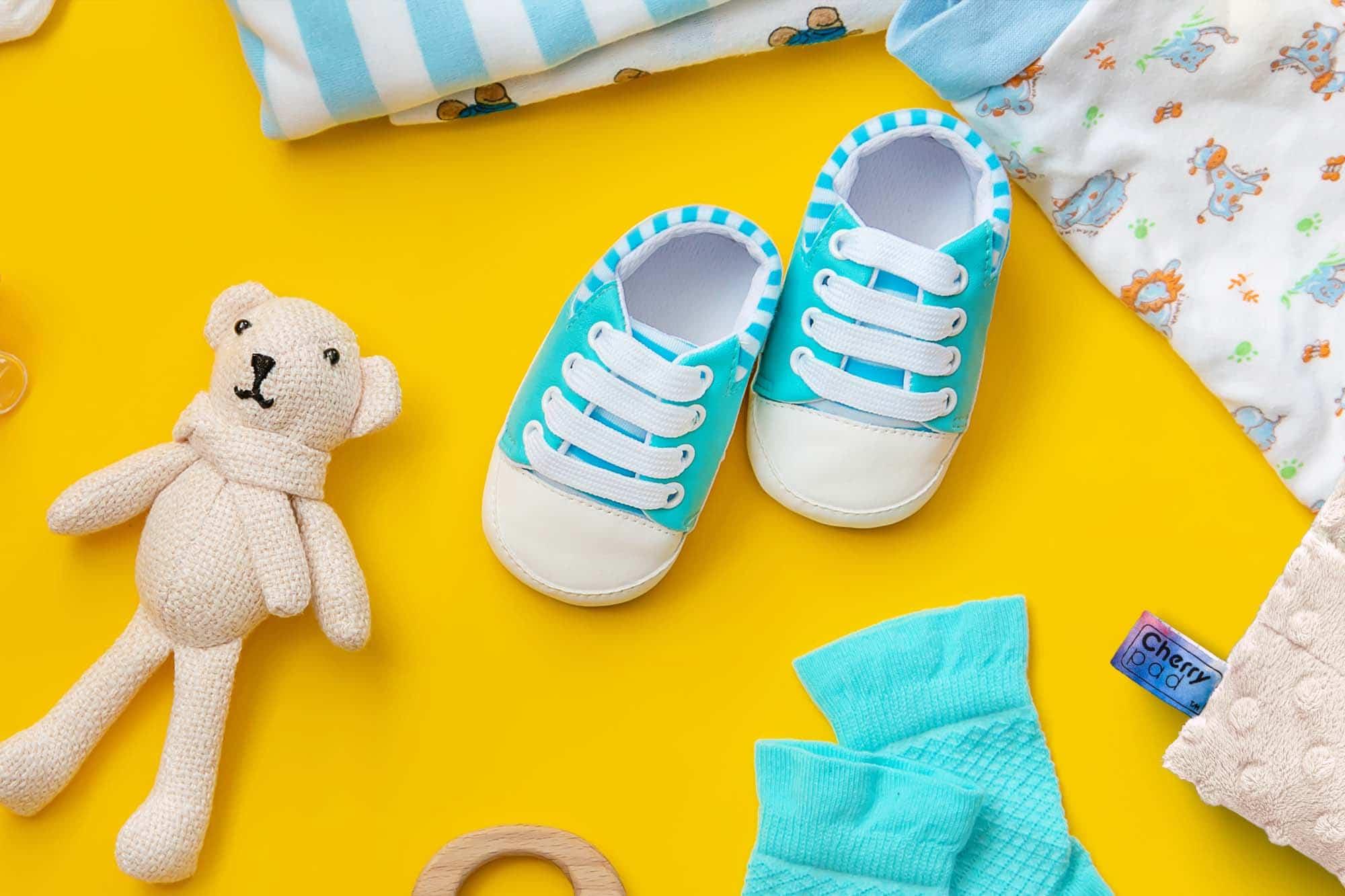 Jak kupować ubranka dla niemowlaka – wszystko, co musisz wiedzieć